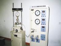静三轴实验仪
